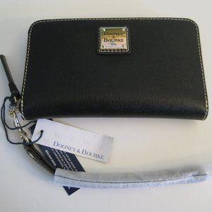 NWT Dooney & Bourke Ziparound Wallet Wristlet